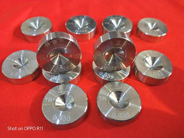 聚晶和天然金刚石拉丝模具